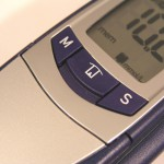 blood-glucose-measure-diabetes-check-1195302-640x480
